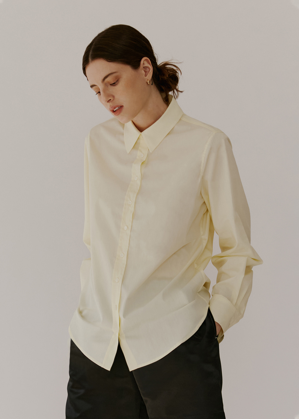 CLASSIC COTTON SHIRT - PALE YELLOW