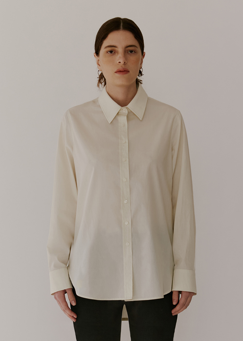 CLASSIC COTTON SHIRT - LIGHT IVORY