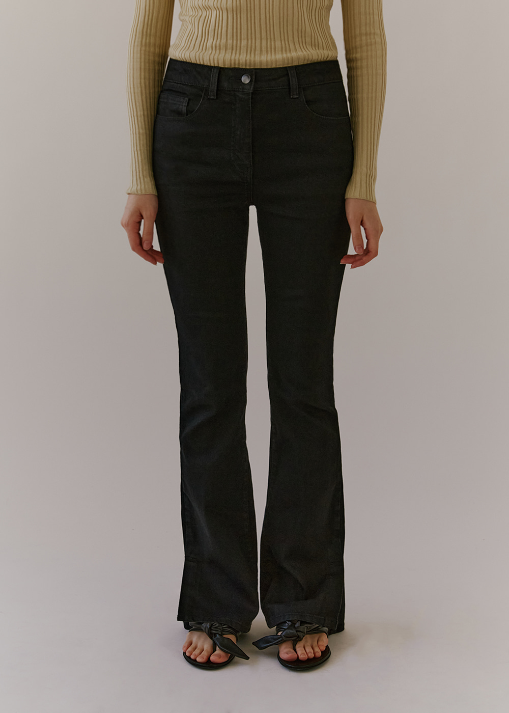 BOOTCUT DENIM - BLACK